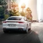 La nova versió híbrida d'Panamera i un 911 de competició fan el seu debut al Saló de París