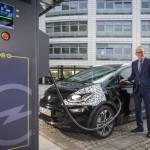El nou Opel Ampera-i ofereix fins a 150 kms d'autonomia amb una recàrrega de 30 minuts