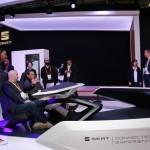 """Luca de Meo (SEAT): """"La conectividad del futuro estará en nuestros coches a partir del año que viene"""""""