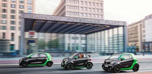 El smart electric drive arriba al Automobile Barcelona