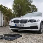 Solucions de càrrega innovadores: BMW Digital Charging Service i càrrega sense fil BMW