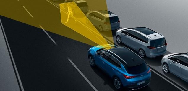 Siempre alerta y seguro: El nuevo Opel Grandland X avisa de la fatiga del conductor