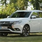 """Mitsubishi Outlander PHEV: 100.000 unitats a Europa i vehicle elèctric """"Etiqueta 0"""" més venut a Espanya, per quart any consecutiu"""