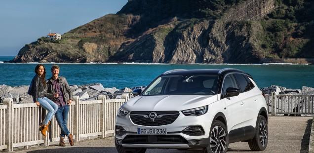 Potente vehículo con clase: el atlético y aventurero Opel Grandland X
