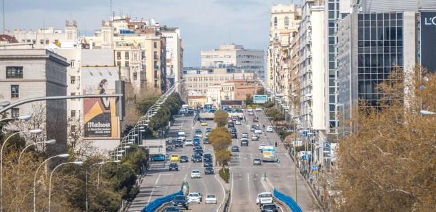 """La UE fixa que el 36,3% dels cotxes de contractació pública a Espanya hauran de ser """"nets"""""""