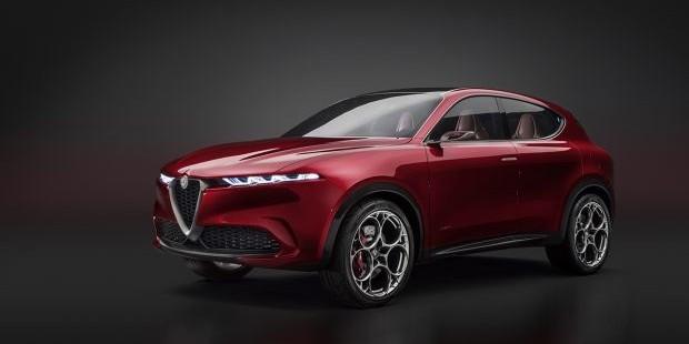 El concept car Alfa Romeo Tonale recibe el premio Readers' Choice de Auto Express