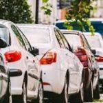 ¿Cómo mantener el vehículo durante el confinamiento según el tipo de combustible?